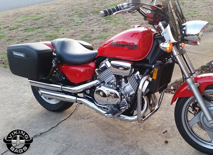 Harley softail slim saddlebags l viking lamellar leather for Yamaha raider hard saddlebags