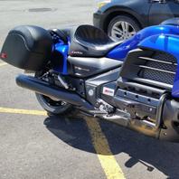 Andre's '14 Honda Valkyrie w/ Lamellar Hard Saddlebags