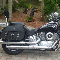 David's Yamaha V Star 1100 Custom w/ Trianon Motorcycle Saddlebags