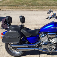 Mark's '95 Honda Magna w/ Warrior Motorcycle Saddlebags