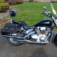 Paul's '08 Honda VTX 1300 R w/ Pinnacle Studded Motorcycle Saddlebags