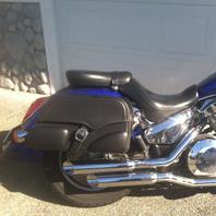 Todd's '06 Honda VTX 1300 R w/ Motorcycle Saddlebags